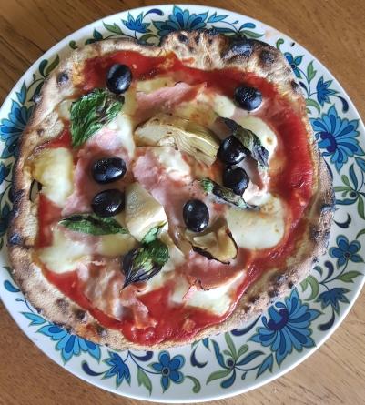 homemade pizza5.jpg